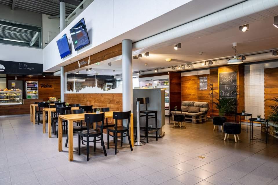 <span></span>Charly Bistro- Salle,bern airport restaurant